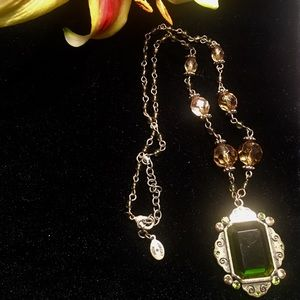 🌶 Dark Green Crystal Necklace